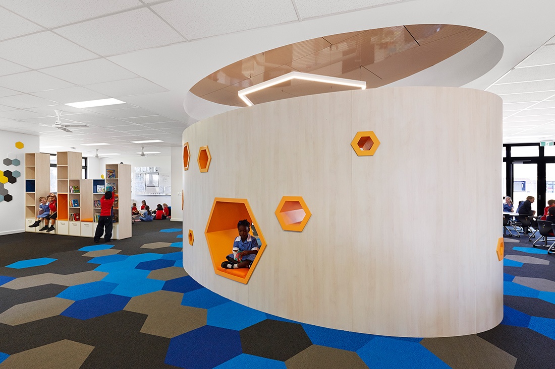 Wyndham Vale Primary School Designed By Haskell Architects The 2016 Global Winner Of Shaw Contract Design Awards Educational Purpose