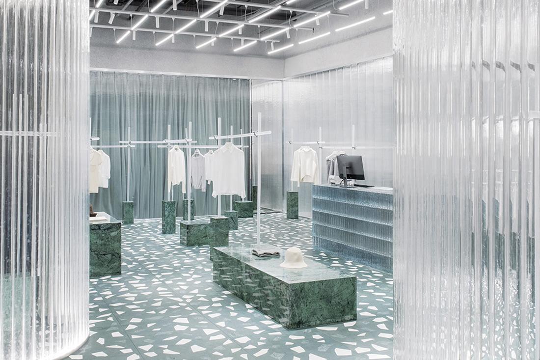 Studio 10 gets one-up on online shopping in Shenzhen