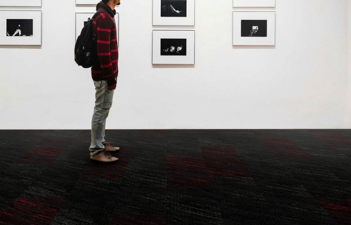 Grey Red Gallery