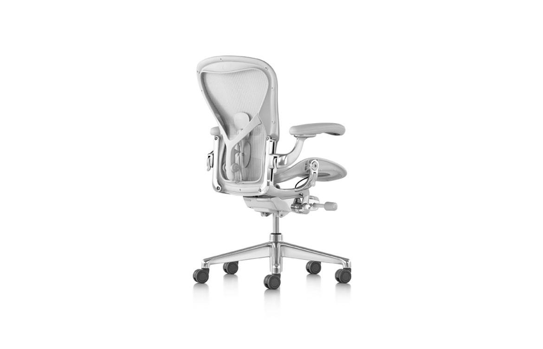 HM-Aeron-Chair-03
