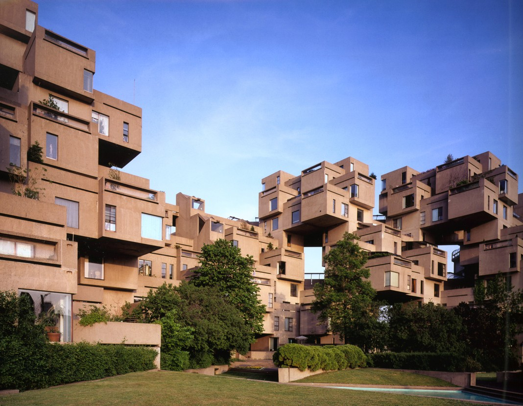 Habitat 67 view from courtyard, image by Timothy Hursley.