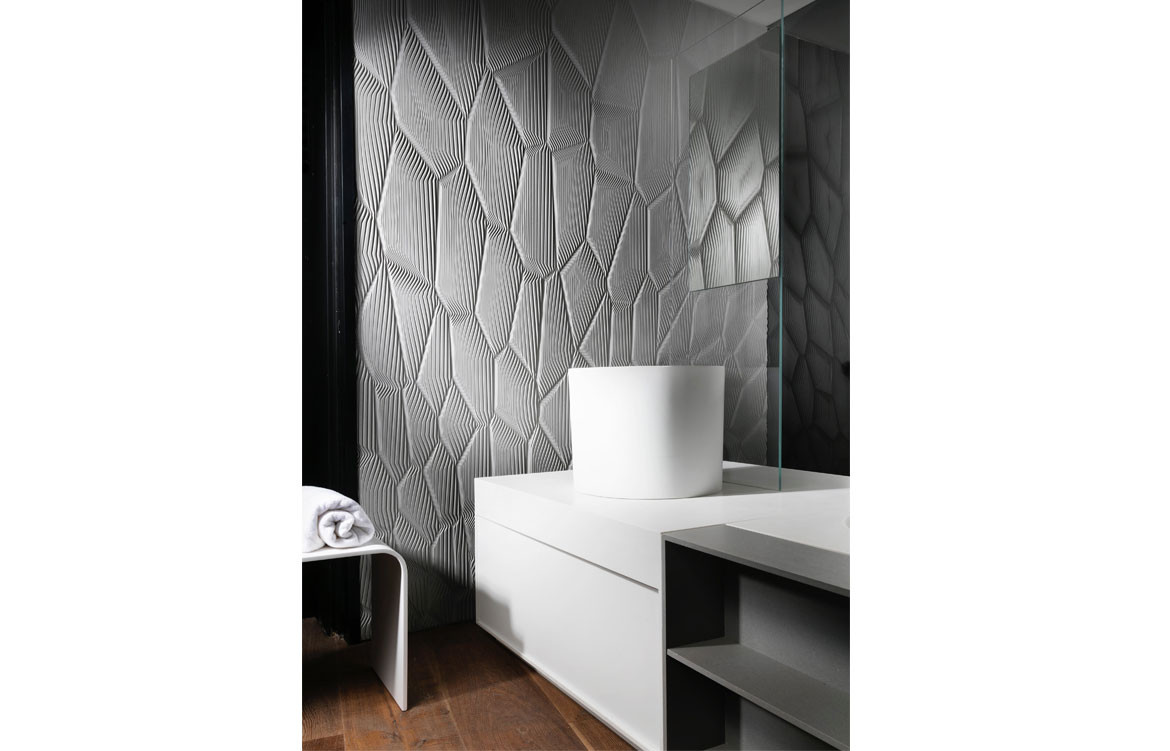 Mario-Romano-Walls-Austaron Surfaces Bathroom
