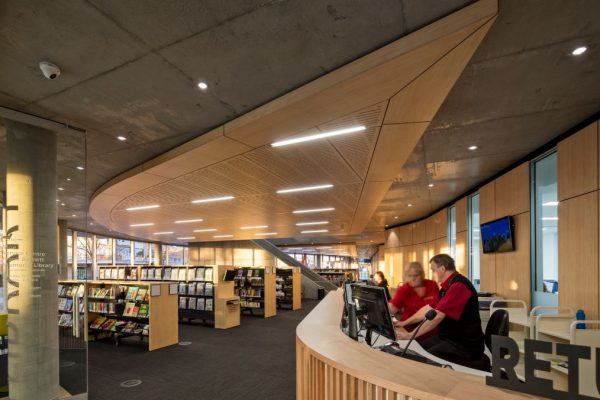 Moe Service Centre and Frank Bartlett Memorial Library 2