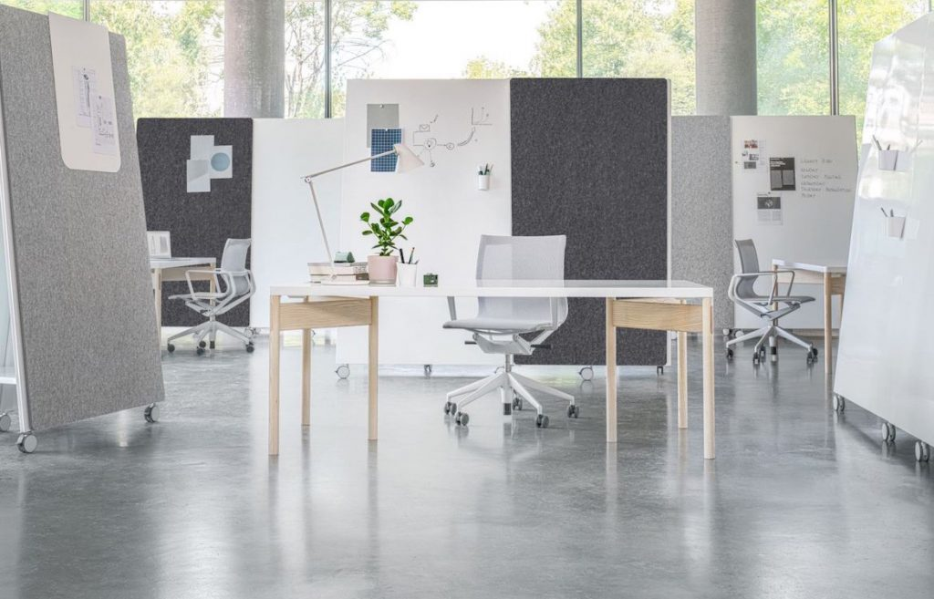 Moving Wall Flinkspace Indesign in Focus furniture modern workplace