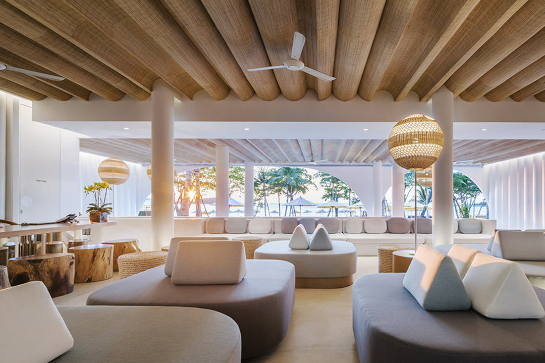 The lobby at Sala Samui Chaweng Beach Resort, which overlooks the pool and the beach beyond. Photo by Wworkspace.