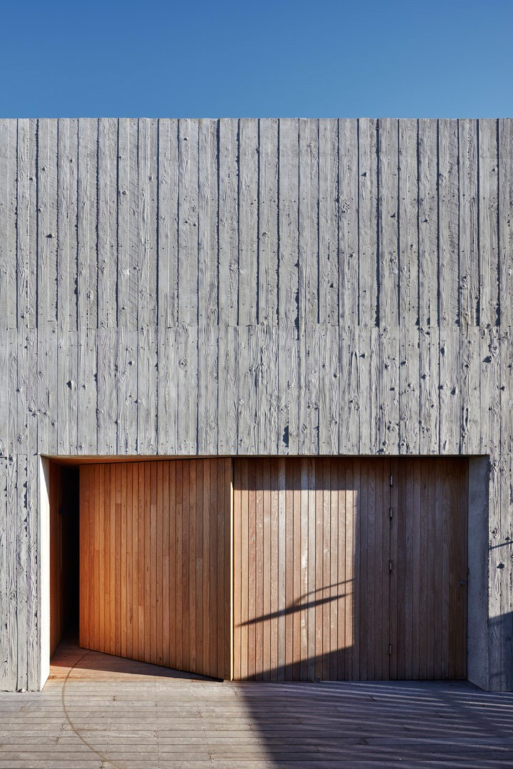 PR House by Architects Ink. Houses New category. Photo by Sam Noonan.