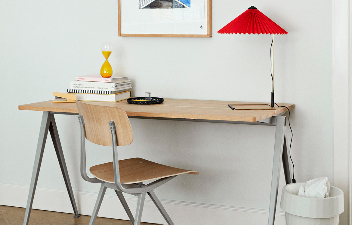 Pyramid Desk Oak Top with Red Lamp