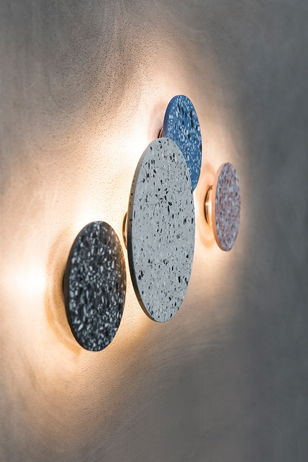 Bentu wall light made in terrazzo.