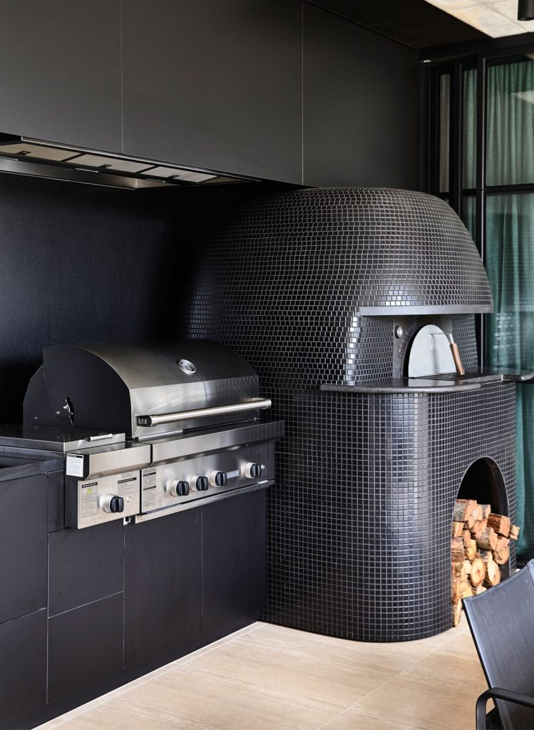 Outdoor Kitchen Experience With Wolf And Sub Zero Indesignlive