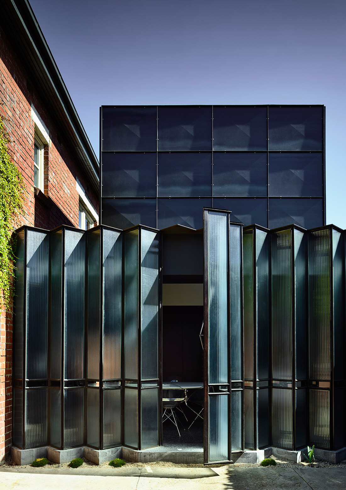 The Powell Street House, designed by Robert Simeoni for Stephen Crafti, has received multiple awards in the local, national and international arenas.