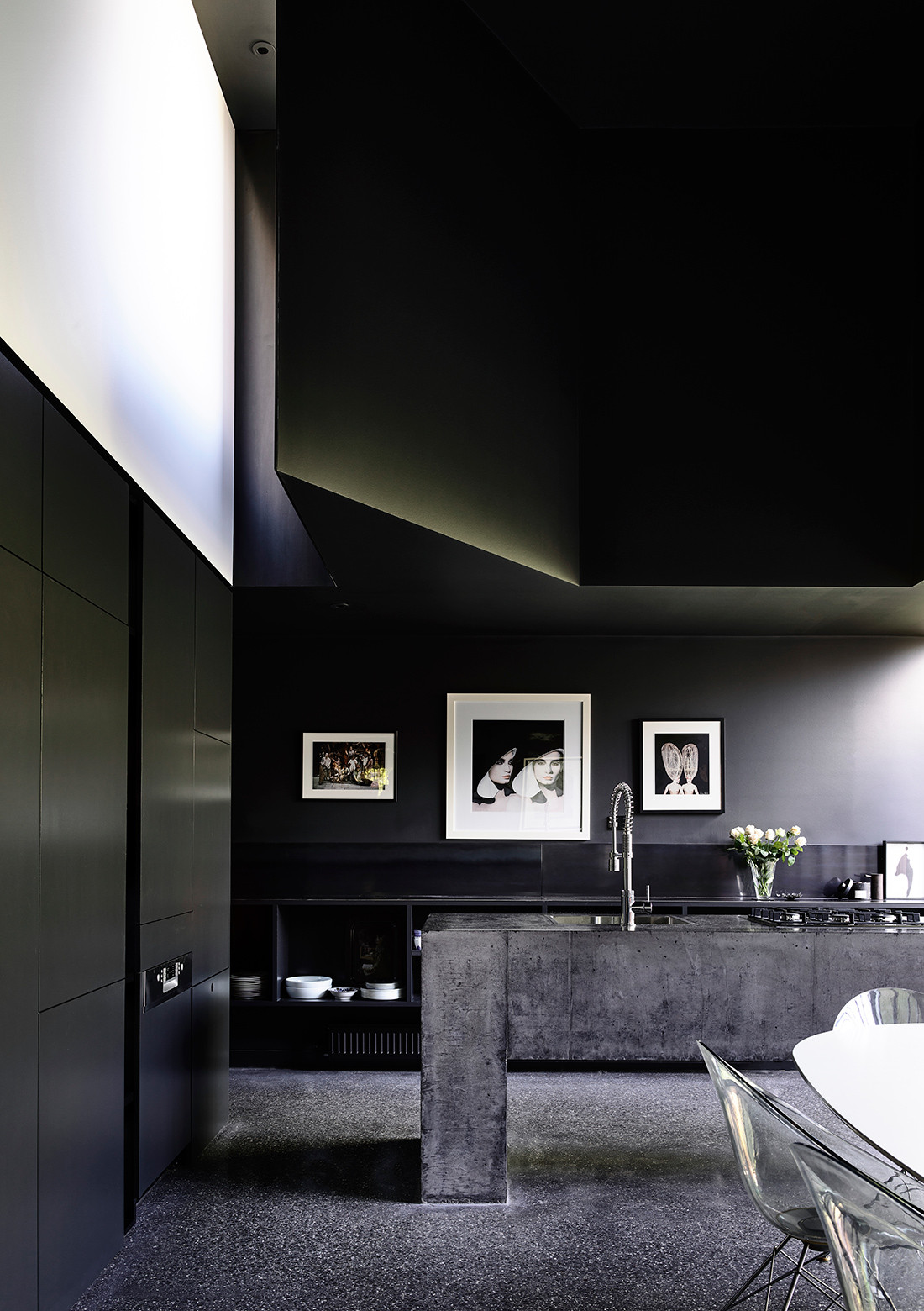 In his brief to architect Robert Simeoni, Crafti requested a 'non-kitchen', rather a gallery-like space to place art and objects on display.