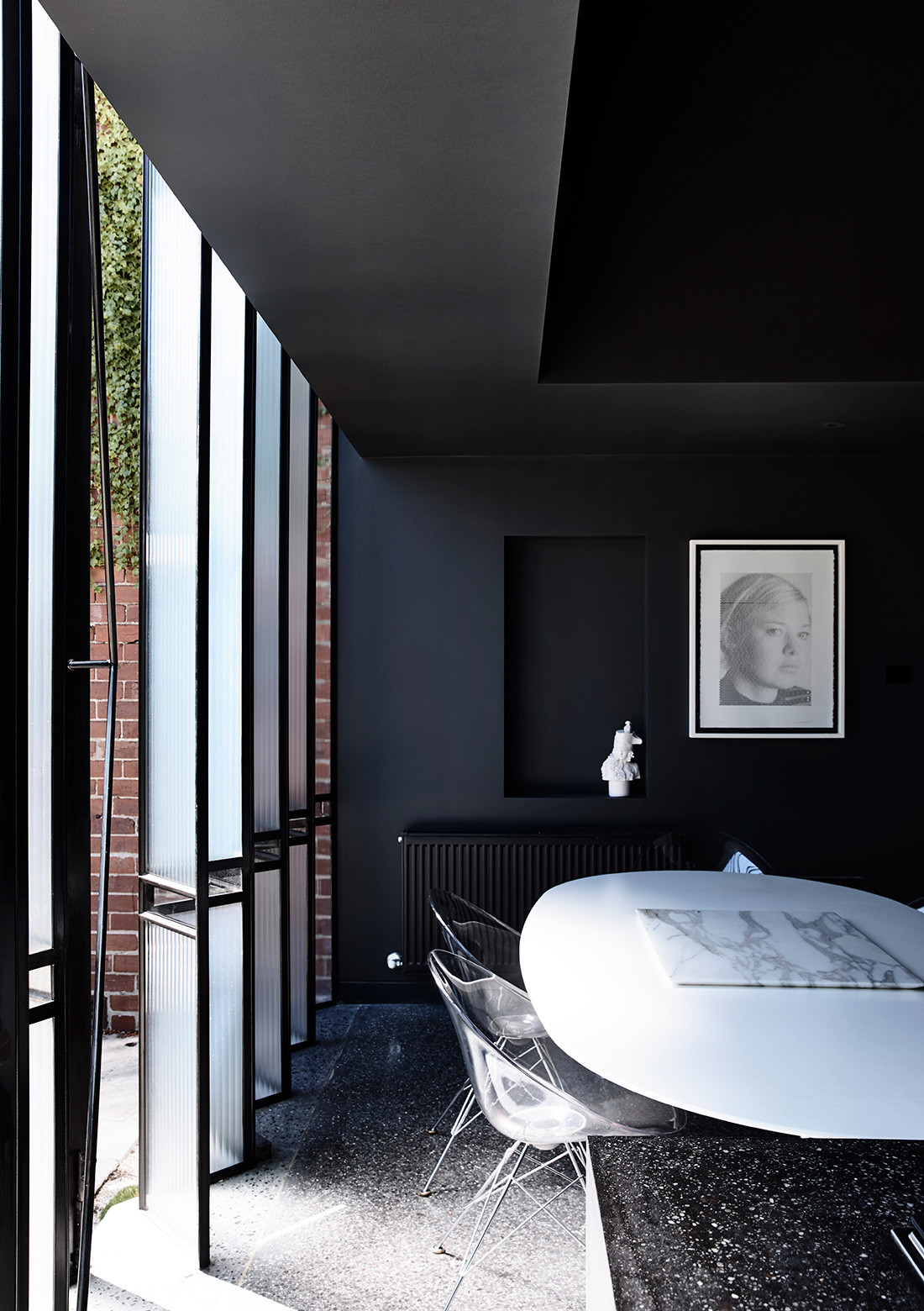 Simeoni's contemporary addition to Crafti's c.1935 duplex, in Melbourne's South Yarra, is distinctively light and moody.