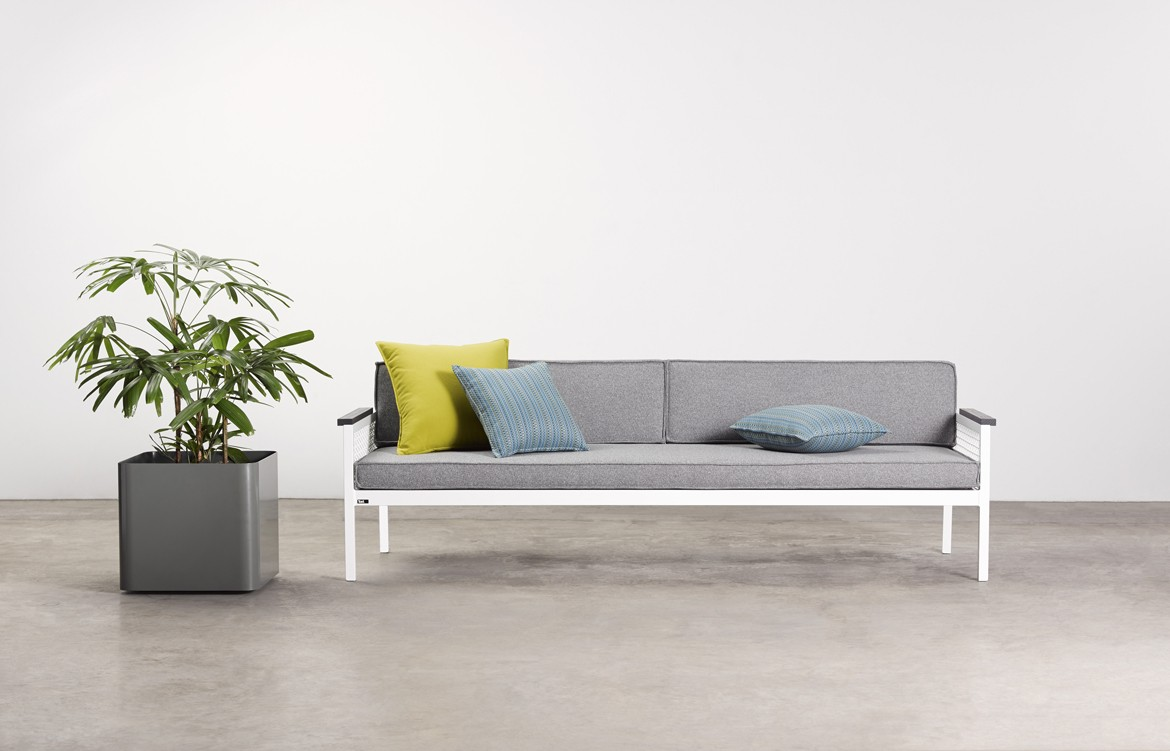 Breeze Sofa 1