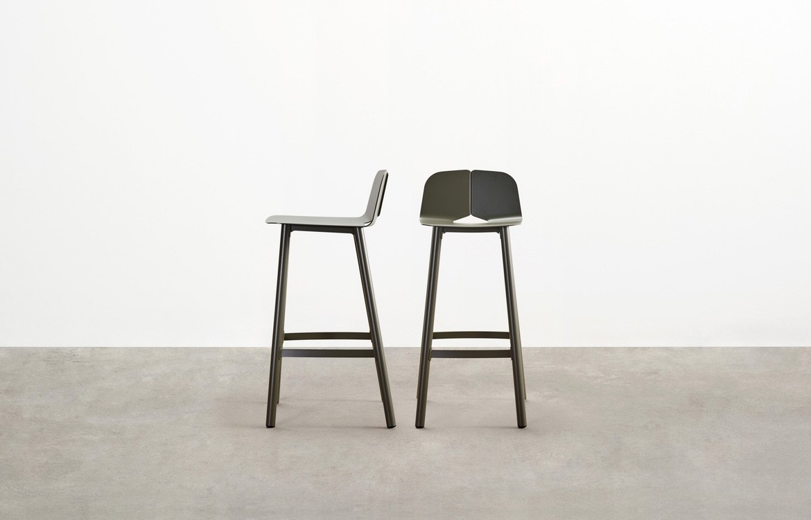 Seam Bar Stool