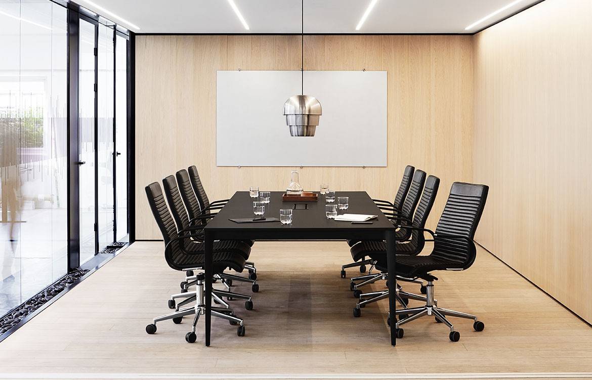 BoConcept Torino Conference Table