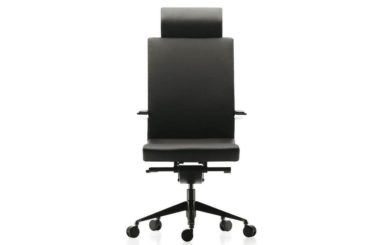 e+ Chair 3