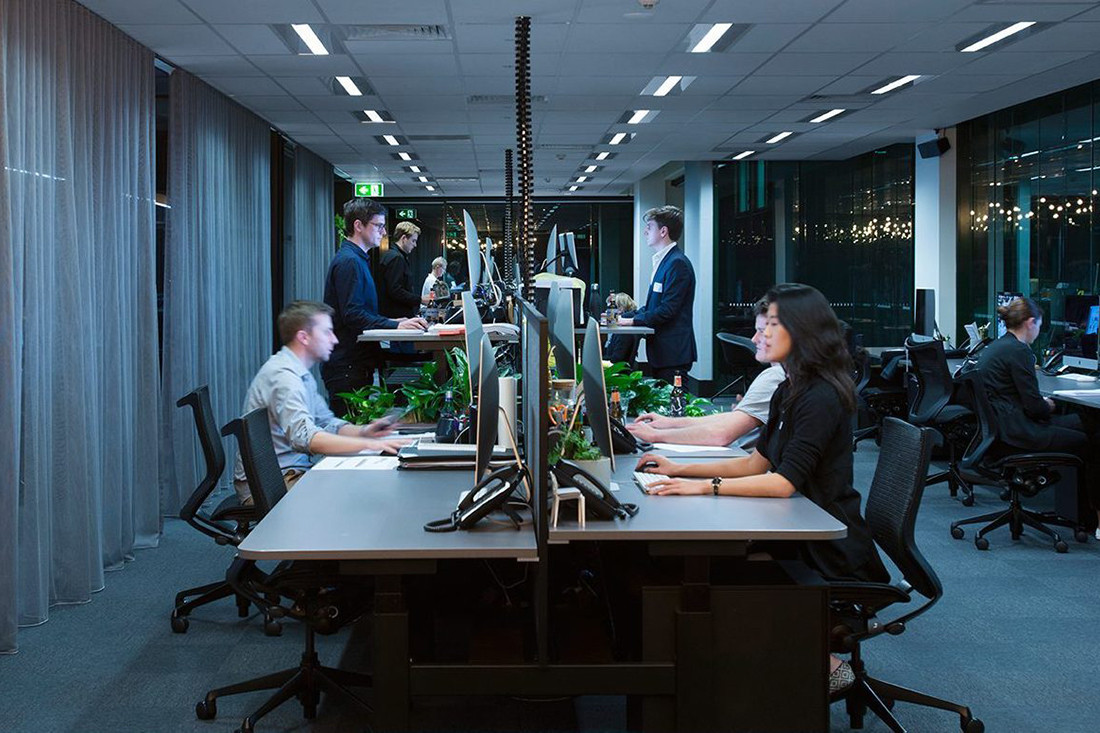 UCI takes the lead with (certified) sit-to-stand workstations