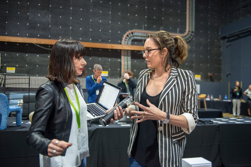 (L-R) Cathy and Terri (Top3 by design) during the 2018 judging process.