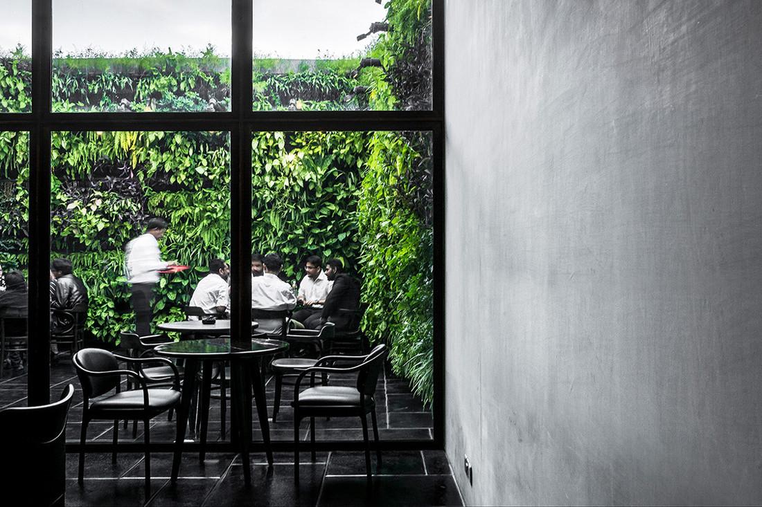 IKSOI Design Studio creates a cave-like café in India