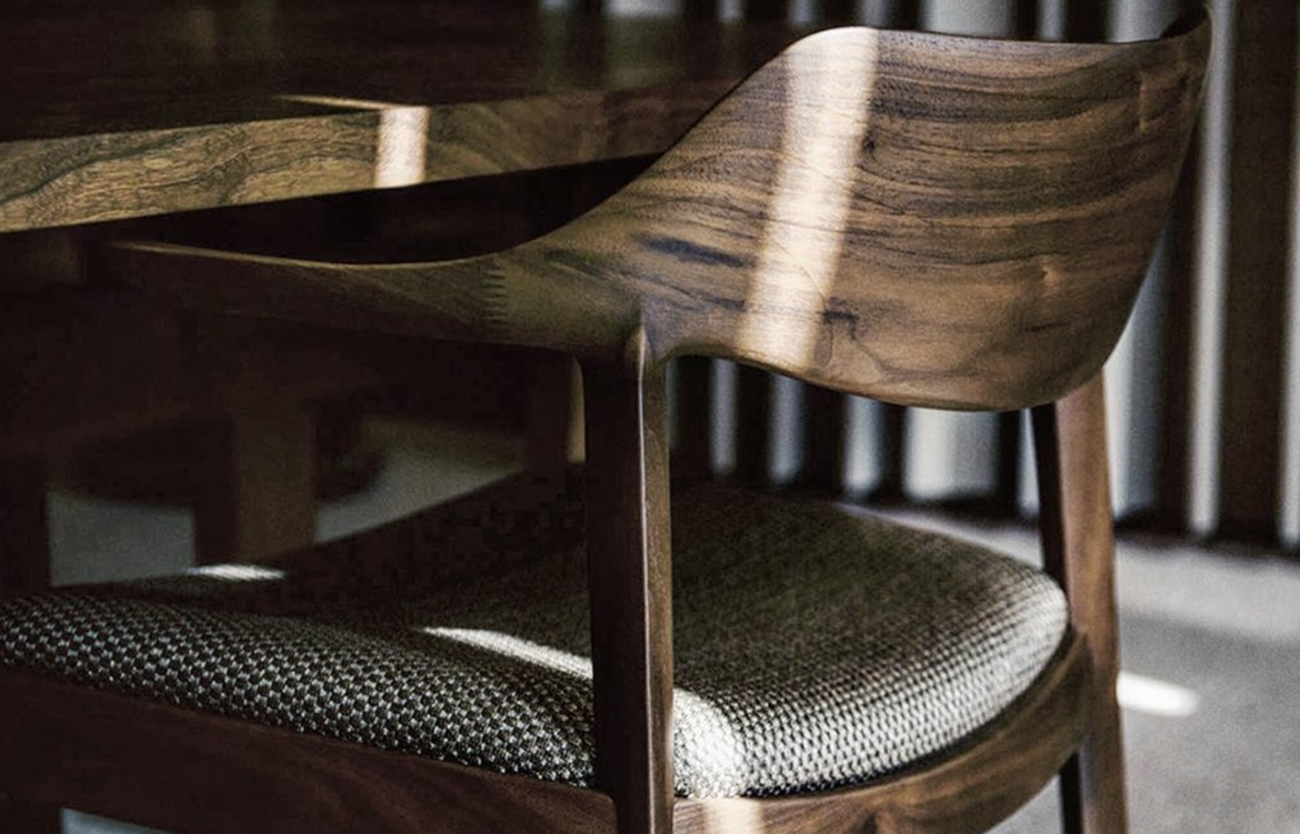 Wing Lux Chairs 2